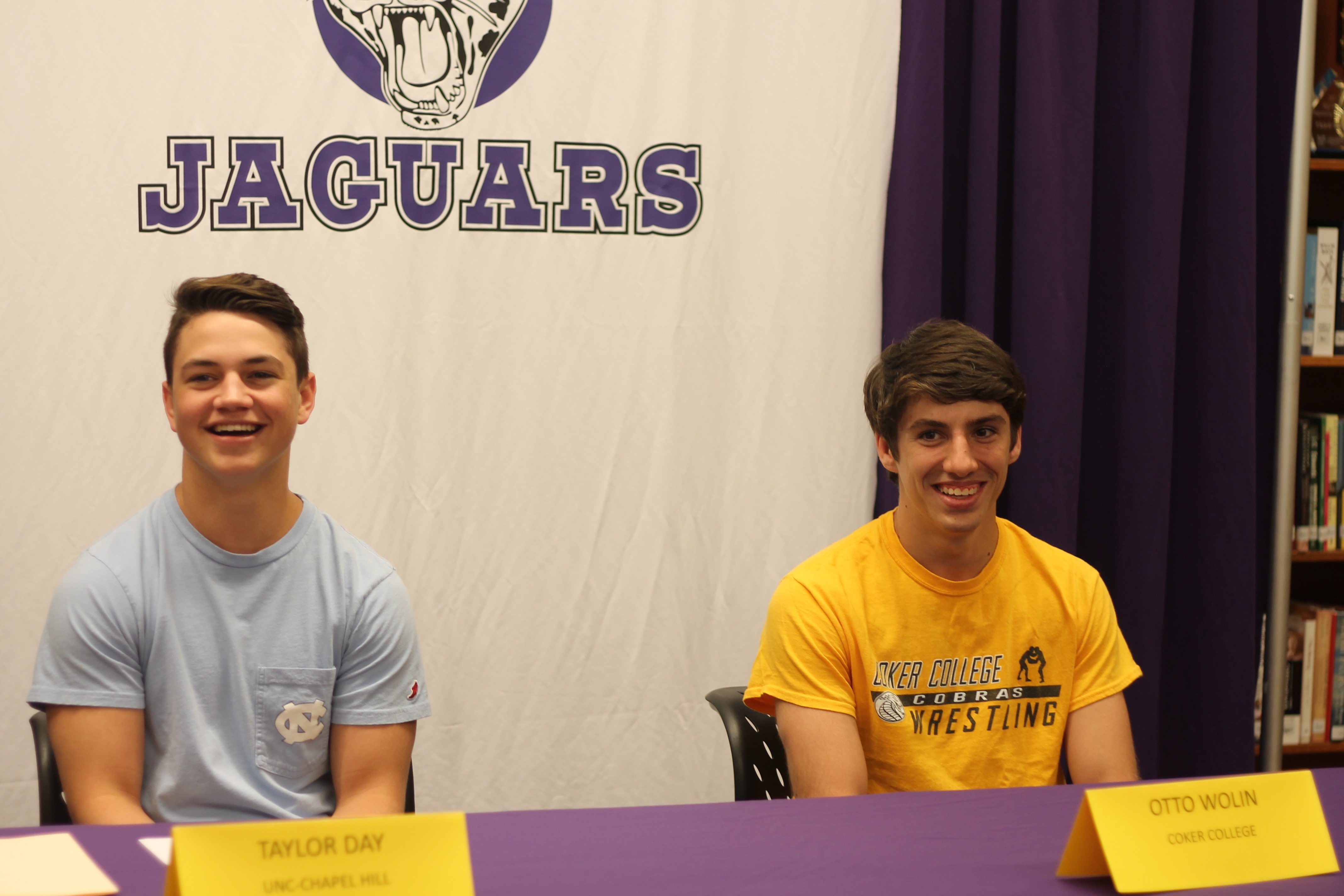 Wrestlers sign with college teams