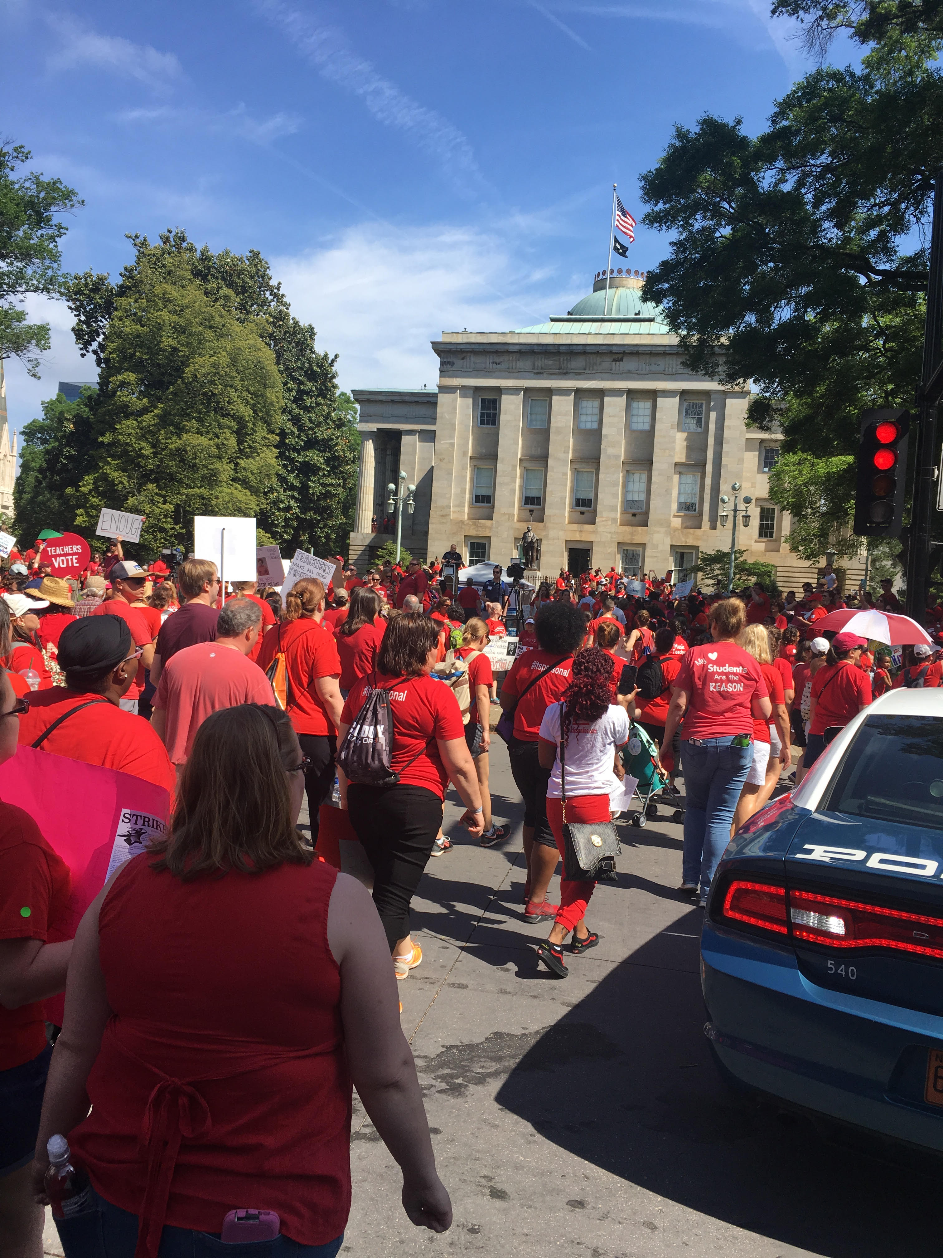 Teachers march for increased wages